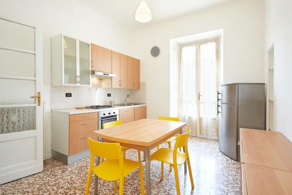 CENTURY 21: V Praze je dvakrát více bytů k pronájmu než před rokem, ceny bytů k prodeji stále rostou